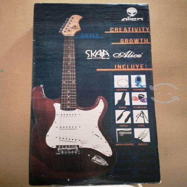 Guitarra electrica alien pro skala alice, nueva.