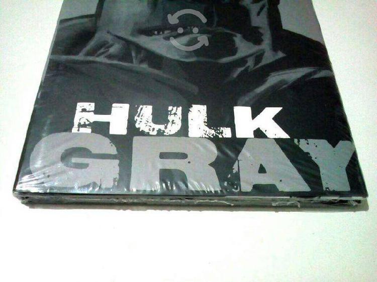 Marvel comics hulk gray pasta dura español