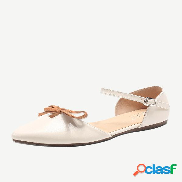 Mujer plano de gran tamaño sandalias