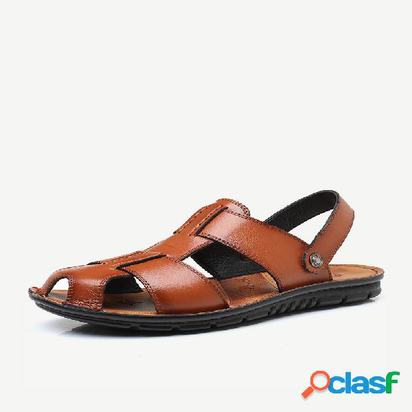 Sandalias de cuero del dedo del pie cerrado amistoso de gran tamaño de los hombres