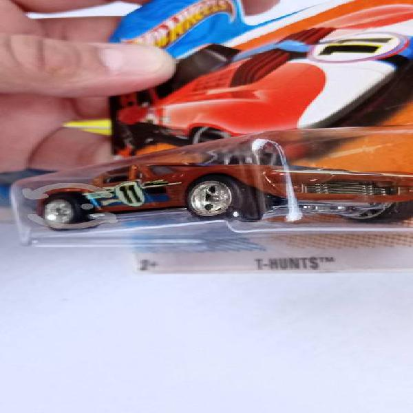 Hotwheels sth corvette grand sport 2011