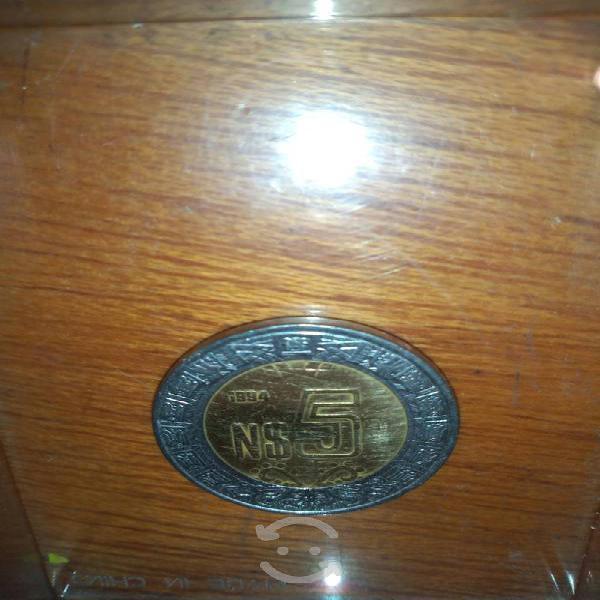 Moneda de 5 nuevos pesos