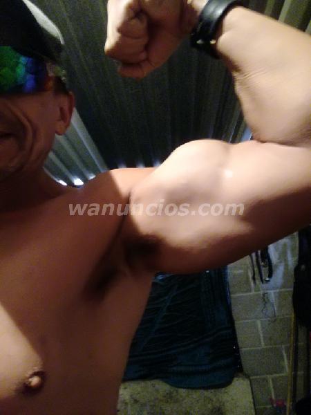MACHO ALFA DOMINANTE MUY CALIENTE MUSCULOSO Y BIEN DOTADO