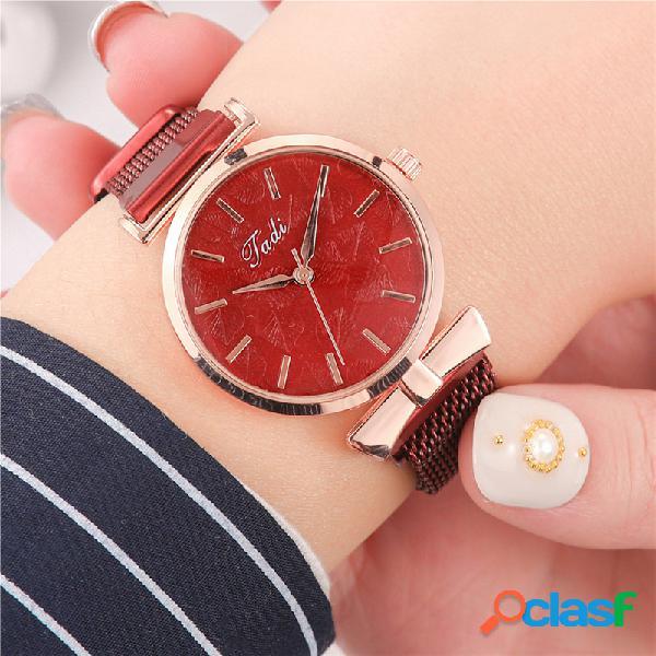 Moda elegante mujer relojes de malla de aleación banda sin número dial rose gold alloy caso reloj de cuarzo