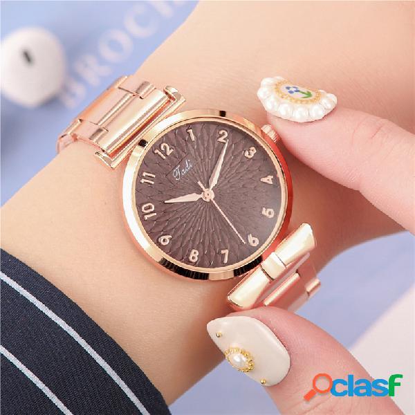 Moda casual mujer reloj de pulsera reloj de pulsera de aleación impermeable relojes de cuarzo