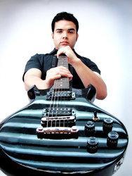 Clases de guitarra electrica y clasica para jovenes y