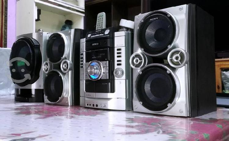 Sony genezi para usar como amplificador