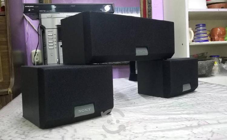 Set de bafles sony hi-fi central y surround..