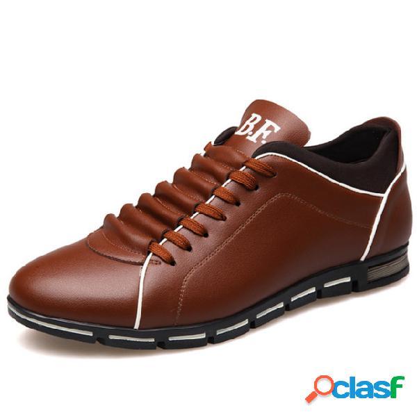 Zapatos casuales de gran tamaño con cordones para hombres