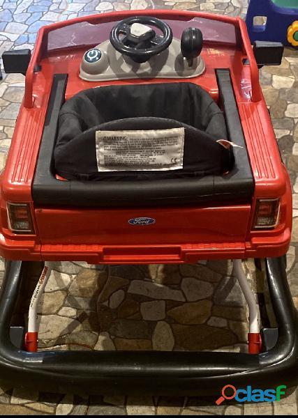 Hermosa andadera Ford f150 3