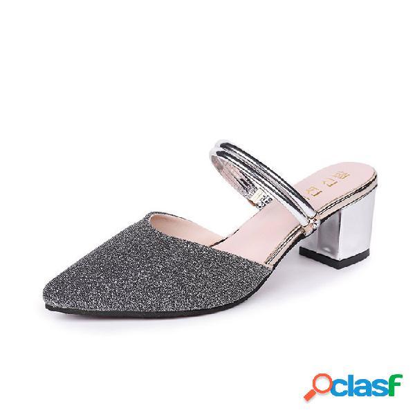 Mujer tacones altos de gran tamaño en punta zapatillas sandalias