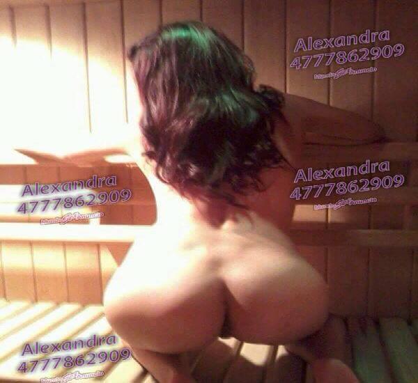 Alexandra chica seductora y excitante, cojamos sin prisas