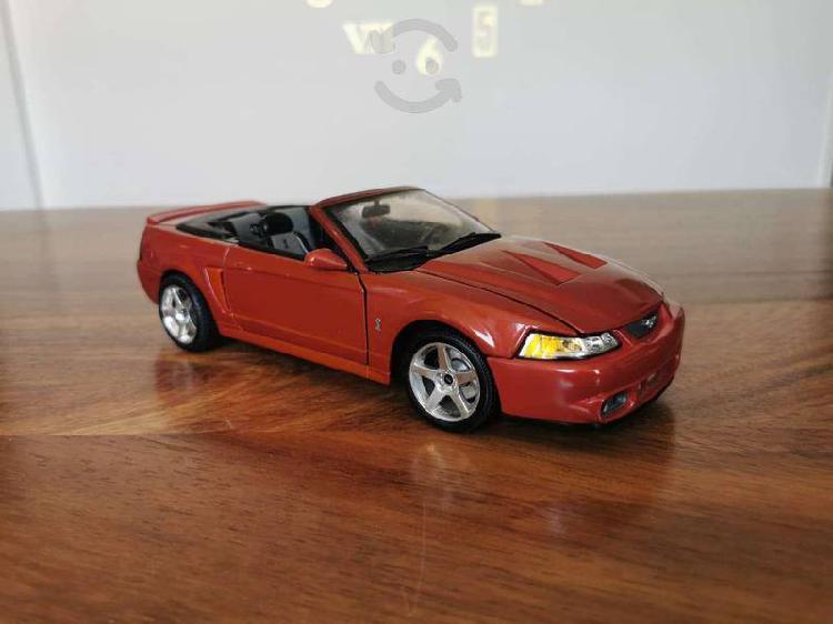Mustang cobra 2003 - maisto
