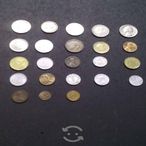 23 monedas de diferentes países