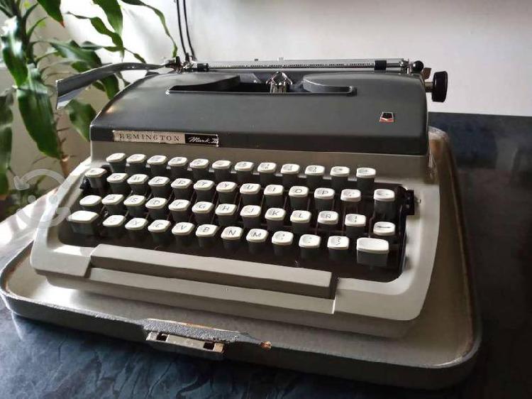 Máquina de escribir remington mark ii cursiva 1966
