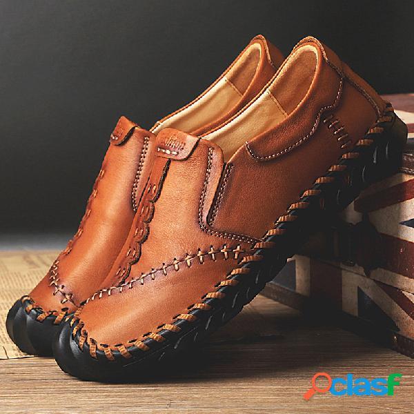 Hombres vendimia resbalón protector del dedo del pie cosido a mano en zapatos de cuero casuales