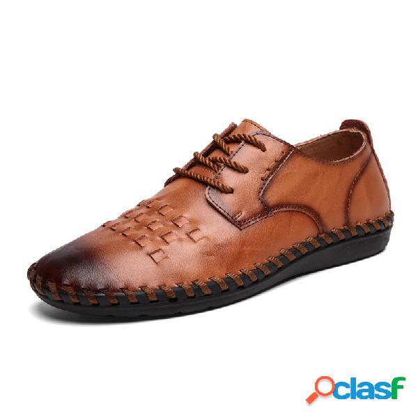 Zapatos planos de cuero con cordones cosidos para hombres