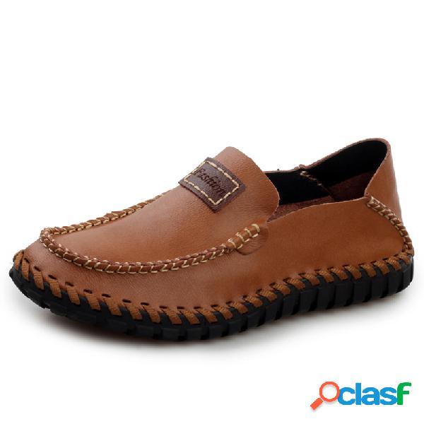 Zapatos casuales antideslizantes de cuero cosidos a mano para hombre