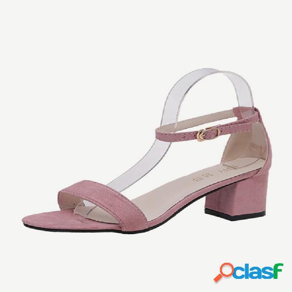 Estación europea temporada nueva palabra hebilla sandalias moda salvaje gruesa con punta abierta zapatos de mujer romanos