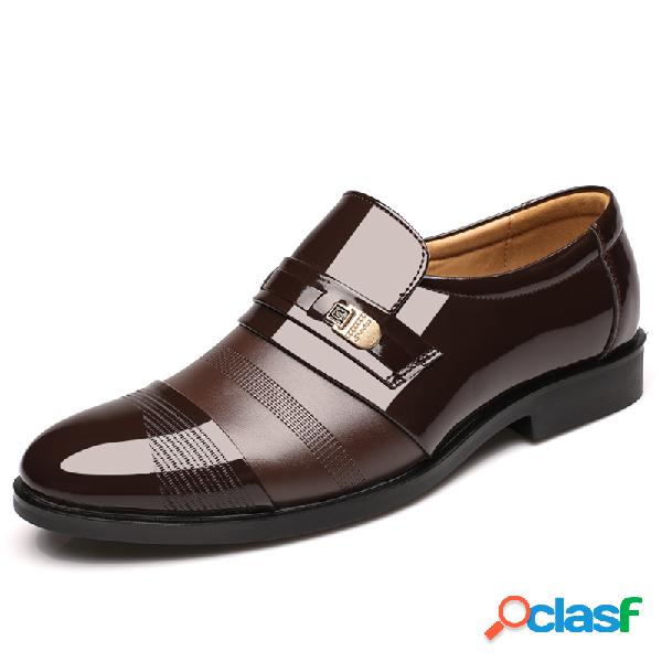 Zapatos formales de punetra afilada slip on para hombres