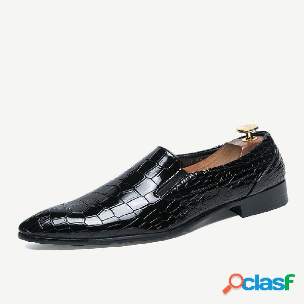 Zapatos formales casuales vestido de punta estrecha de cuero de microfibra para hombre