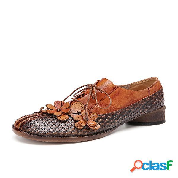 Socofy retro flores empalme de cuero redondos cómodos zapatos planos de herradura con cordones
