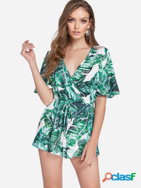 Pantalones cortos de manga corta con cuello en v y estampado floral al azar en verde cruzado