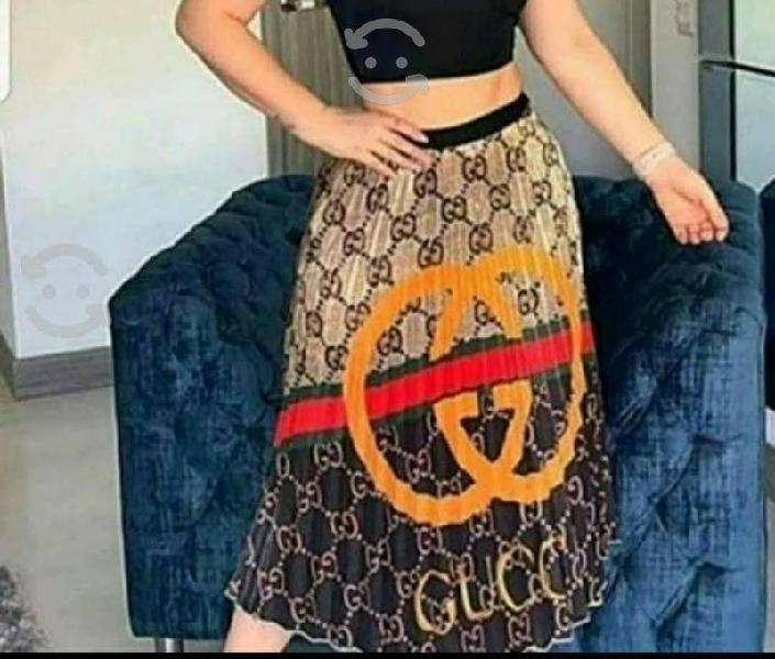 Hermosas faldas gucci, louis vuitton, satinadas