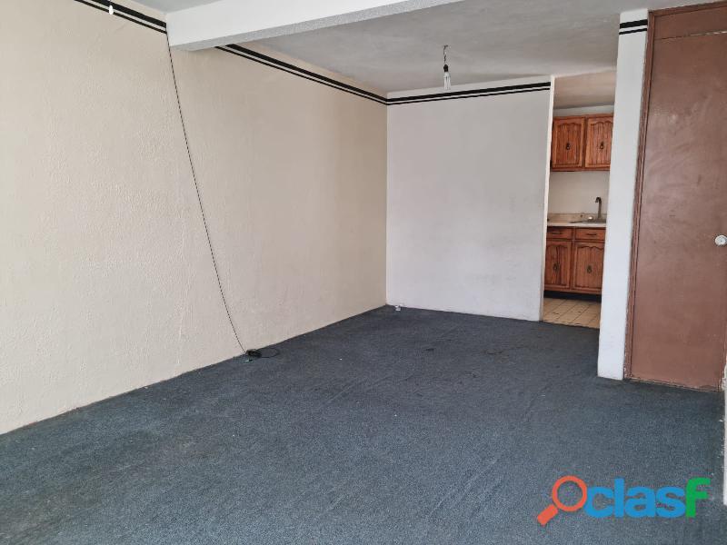 Oportunidad! Adquiera Casa Dúplex en Condominio Privado en Lomas Estrella