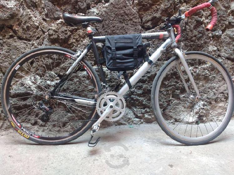 Bonita bicicleta benotto ruta 850 r700c ciclistas