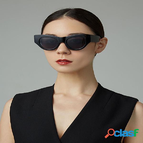 Mujer moda casual moda clásica casual uv protección gafas de sol de forma redonda