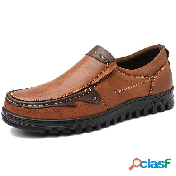 Hombres de cuero de empalme antideslizante slip on soft zapatos casuales