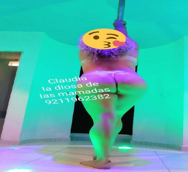 Soy Claudia tu madurita de bustos grandes y disfruto el anal
