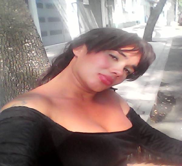 Hola Soi una mujer transexual ofreciendo servicio sexuales