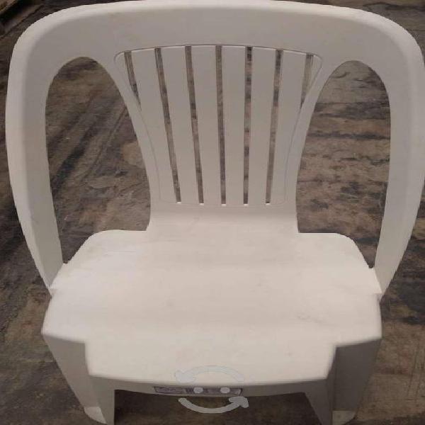Antecomedor y sillas