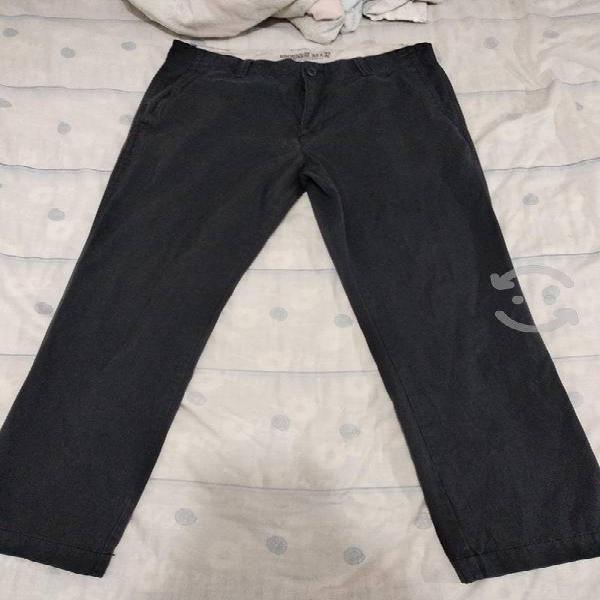 Old navy khakis talla 33 original