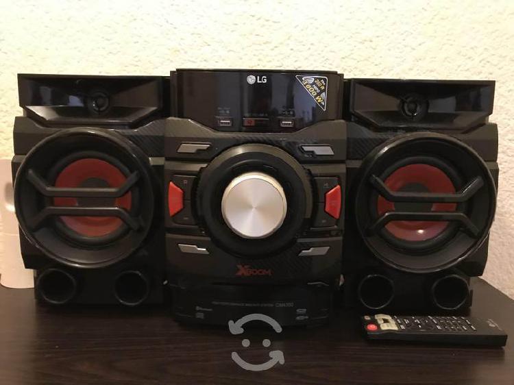 Mini componente LG 3000 Watts, CD y Bluetooth