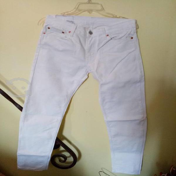 Pantalón levis blanco talla 29 slim fit
