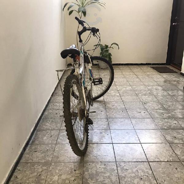 Bicicleta hyper r24 aluminio