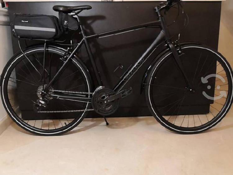 Preciosa bicicleta giant escape