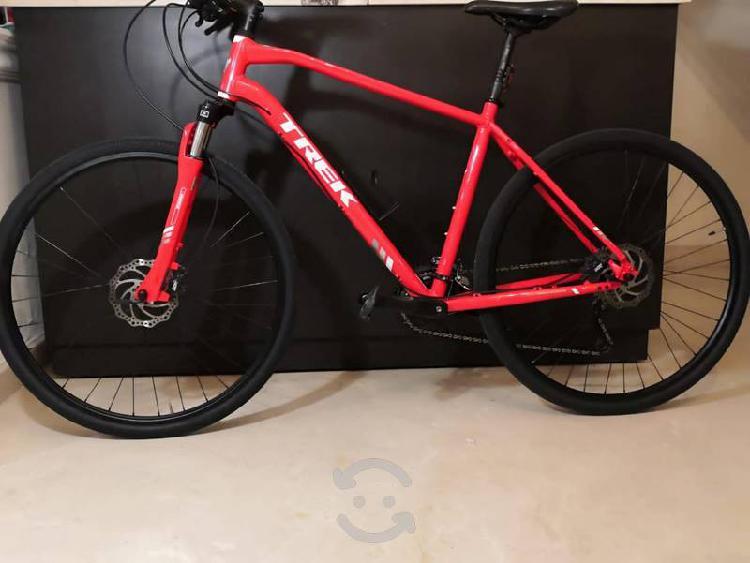 Preciosa bicicleta trek dual sport 8.4, híbrida,