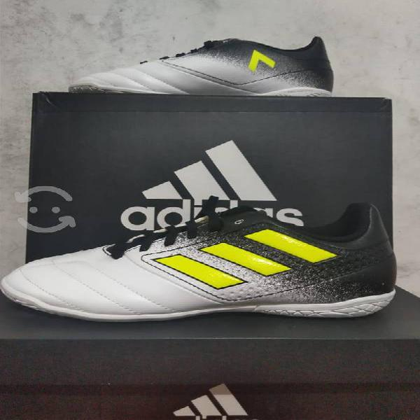 Tenis de fútbol adidas 22.5, 23 y 24 cm nuevo