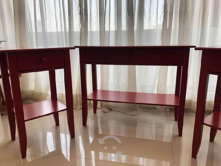 Set de mesas de noche y mini tocador