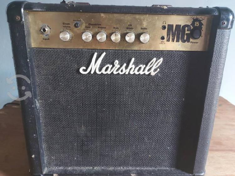 Amplificador 15 watts marshall mg15
