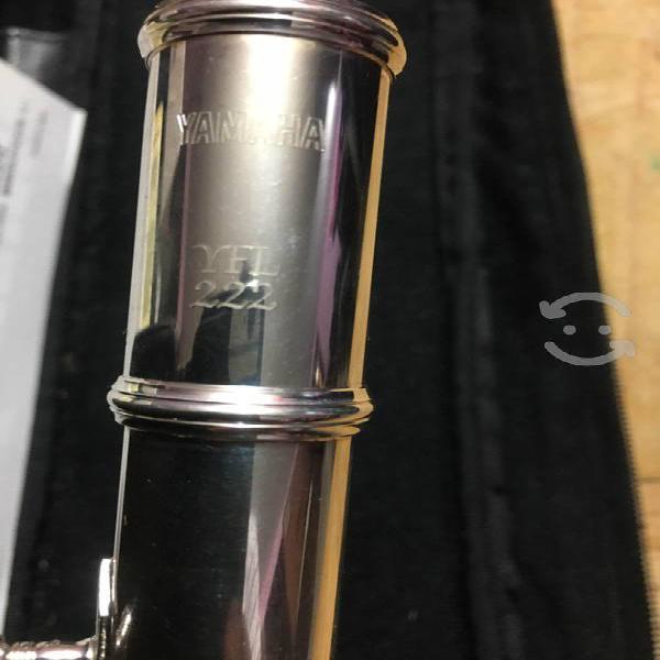 Flauta Yamaha 222