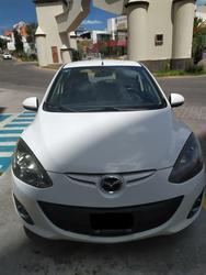 Mazda 2 2012, Automática