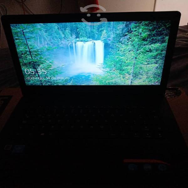 Vendo Laptop Escolar