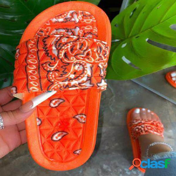 Moda mujer estampada patrón diapositivas al aire libre zapatillas