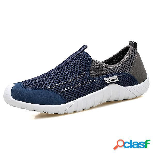 Zapatillas sin cordones transpirables de malla al aire libre para hombres