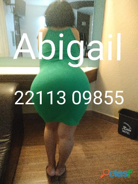 Abigail deliciosa madurita gordibuena golosa cachonda